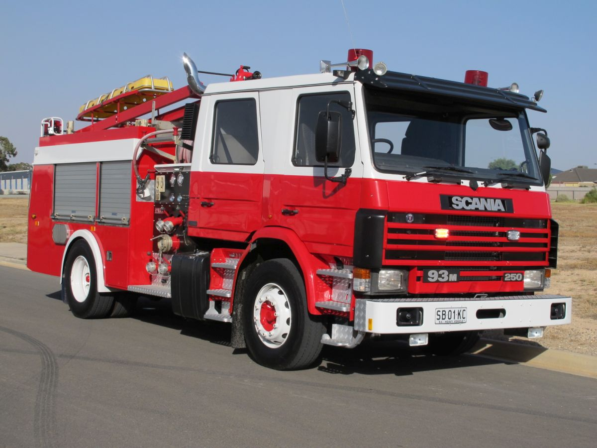 SCANIA PUMPER 01