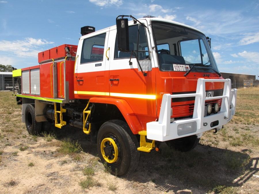 ISUZU-750-2-1